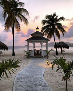 ༺♡༻ FABULOUS ༺♡༻ Visualisation, Destination Voyage, Romantic Places, Beautiful Morning, Grenadines, Wonders Of The World, Gazebo, Cool Photos, Wayfarer