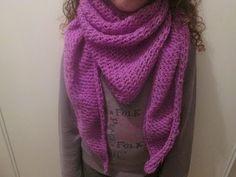 Knitting Videos, Easy Knitting, Knitting Yarn, Crochet Scarves, Knit Crochet, Wool Thread, Boot Cuffs, Sewing, Crochet Shawl