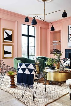 Architect Carmel Greer inspired by various styles and trends. In the design of her Washington home, delicate pink walls are combined with rough black ✌Pufikhome Living Room Colors, Living Room Decor, Peach Living Rooms, Pastel Living Room, West Elm Floor Lamp, Hamptons Living Room, Geometric Curtains, Houston Houses, Pastel Room
