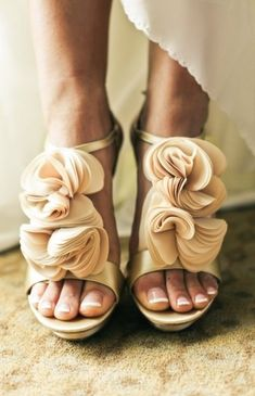 How To Wear Ruffles: The Ruffle Shoes