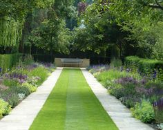 Best Ideas For Formal Garden Design - In this article we will discuss how to design a strictly formal garden on a large, rectangular area. Designing formal garden needs a little bit of hard work o Formal Garden Design, Contemporary Garden Design, Contemporary Landscape, Landscape Design, Landscape Architecture, Architecture Design, Formal Gardens, Outdoor Gardens, Modern Gardens