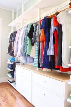 IKEA ELVARLI open closet system | closet organization | budget-friendly closet | e-design open closet || Before & After: Mid-Century Meets California Cool Master Bedroom — Mix & Match Design Company