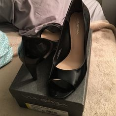 Via  spiga black 10.5 patent open toe pump Brand new never worn. Purchased from nordstroms. Size 10.5. The heel is 2 1/2. Still have box. Via Spiga Shoes Heels