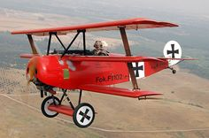 military-aircraft-german-fokker-dr.i-triplane-red
