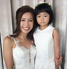 Lovely bride Adeline with the cute flower girl before her ROM  Makeup & Hair @cherryau97 . . . #professionalmakeupartist #weddingmakeup #updo #auteliermakeup #bridalmakeup #bridalmakeupartist #rom #singaporemakeupartist #singaporewedding #romantichairstyle http://gelinshop.com/ipost/1515584593784617670/?code=BUIcCh7ljrG