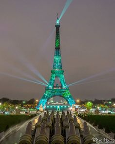 The Green Eiffel Tower for the #1heart1tree