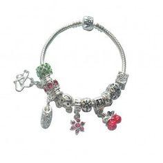 Marque: Pandora -Genre: Femme -Matière: Divers -Style: Moderne               66,99 €  http://www.pariprix.com/pandora-cadeaux/avec-beads-and-charms-argent-diy-bracelet-pandora-accessoire-moderne.html