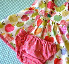 From The Hive: itty bitty baby dress (and diaper cover and bonnet)