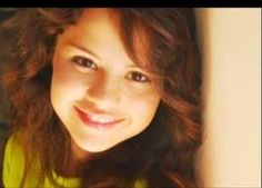 selena with curly hair as a little girl