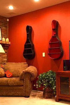 Kullanmadığınız gitar kutusundan eviniz için harika bir duvar rafı yapabilirsiniz.