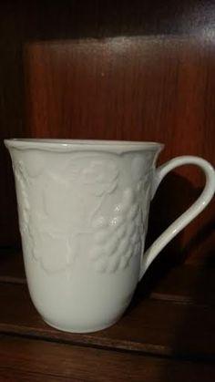Wedgwood STRAWBERRY VINE 501242 Mug Bone China by libertyhallgirl SOLD
