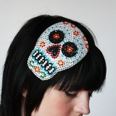 Rhinestone sugar skull fascinator, Dia de los muertos. So pretty! #accessories #Day_of_the_Dead #costume #makeup #Halloween