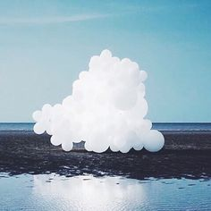 You may remember Charles Petillon's work - huge bubble clouds installed in Covent Garden in #dcnLondon  Here is another one #charlespetillon #dcnart ( # @designcollector via @latermedia )