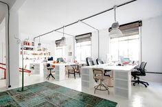 Teta01 in Office / desk