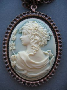 Beautiful Antique Cameo