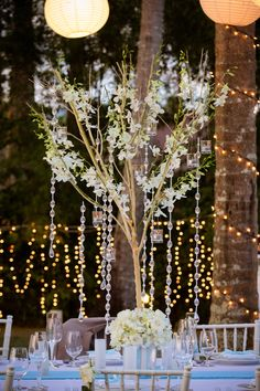 Tree decorated with orchids and hanging jewels and candles Tree Table, Beautiful Islands, Tree Decorations, Unique Weddings, Decor Styles, Orchids, Florals, Candles, Rustic