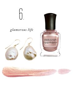 Color Story: Glamorous Life. Pearls on your ears and pearls on your nails.