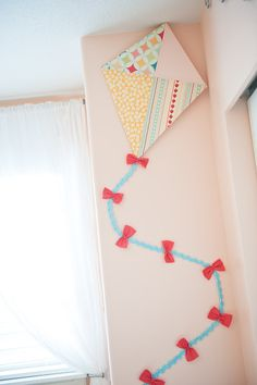 Lookie Loo Photography: Fly A Kite Nursery ( kite for L's room)
