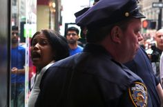 NYPD Cops Arrest Mom Who Was Waiting For Family To Return From Restroom