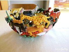 Fun and functional toy animal bowl- schaal van plastic dieren