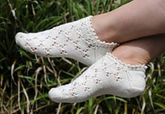 Mouches  by Susanne Reese ~ FREE pattern in English, German and Russian