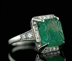 Antique platinum carved emerald diamond ring!