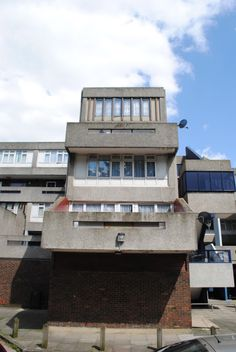 Concrete nostalgia: Southmere estate, Thamesmead | Love London Council Housing Canterbury House, Council House, Vintage Apartment, Inside Outside, A Level Art, London Street, Filming Locations, Brutalist, Architecture