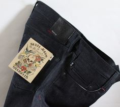 Jeans should be wear because of some good reason like comfortable costume, classy look and fashion sensible power etc. Skull jeans are a great fade and vintage feeling for children and hunt loving people.