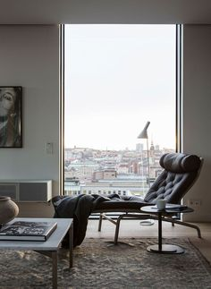 We love everything about this apartment in Stockholm: the location in the heart of the Swedish capital, panoramic windows with a view of the cathedral a ...