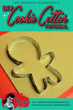Learn how to easily make your own DIY cookie cutter out of foil to create any custom shape you need. - Cookie Cutters - Ideas of Cookie Cutters Custom Cookie Cutters, Custom Cookies, Cookie Cutter Shapes, Cherry Candy, Shaped Cookie, Royal Icing Cookies, Cookie Designs, How To Make Cookies, Holiday Crafts
