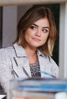 Lucy Hale - Aria - #PLL6x12 | 'Charlottes Web'