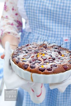 cherry yoghurt cake - even though the post is in Polish, thanks to Google translator you can get the main idea :)