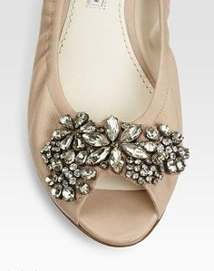 Love these Vera Wang flats. Sparkly!