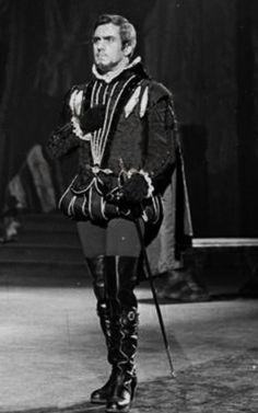 """IN SALOTTO CON ETTORE -        Associazione Internazionale Culturale Musicale               """"Ettore Bastianini"""" Don Carlos Firenze 1956 Integrale restaurato! Buon ascolto!"""