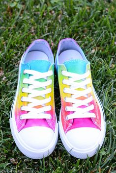 Tie Dye Shoes from a Pumpkin and a Princess using Tulip One-Step Tie Dye!