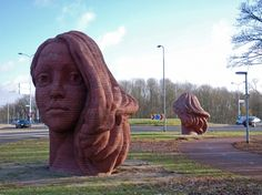 Elisabet Stienstra - The Two Heads, Commission for the city of Wijchen.