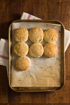 2-Ingredient Greek Yogurt Biscuits