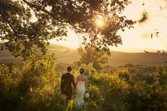 Rustic wedding in Tuscany - Italian Wedding Photographer Jules Oh.. a wedding in Italy.. if only..