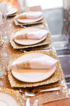 Gold weddings place setting inspiration  Keywords: #goldweddings #jevelweddingplanning Follow Us: www.jevelweddingplanning.com  www.facebook.com/jevelweddingplanning