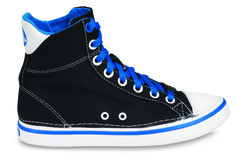 Good shoes for boys Latest Fashion, Fashion Trends, Moccasins, Converse Chuck Taylor, High Tops, High Top Sneakers, Footwear, Guys, Stuff To Buy