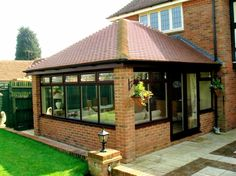 Though age-old in concept, a pergola has been suffering from a contemporary renaissance these types Extension Veranda, Brick Extension, Conservatory Extension, House Extension Design, House Design, Pergola With Roof, Pergola Patio, Backyard Patio, Gazebo
