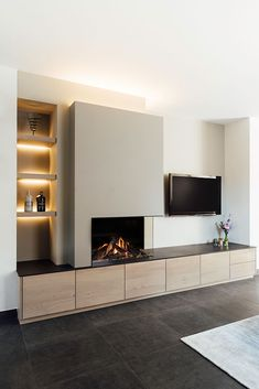 Living Room Decor Fireplace, Home Fireplace, Fireplace Design, Feature Wall Living Room, Living Room Tv, Home And Living, Home Room Design, Home Interior Design, Living Room Designs