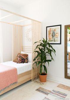 Vintage Revivals Girls Bedroom /