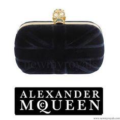 15 October 2016 - Victoria style: ALEXANDER MCQUEEN