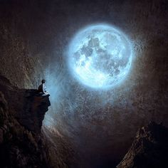 Moon:  #Full #Moon. ..naturaly draws us..either with our souls longing to be fulfilled OR to thank the fulfiller!  in awestruck HolyHoly! Wonder! jesus.  :)