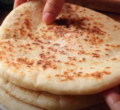 Bread Machine Recipes, Easy Bread Recipes, Cooking Recipes, Indian Bread Recipes, Sweet Recipes, Turkish Flatbread Recipe, Flatbread Recipes, Turkish Flat Bread, Indian Flat Bread
