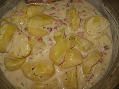Bechamel - Potatoes from Shadowstar Healthy Family Meals, Easy Healthy Recipes, Patty Food, Benefits Of Potatoes, Potato Juice, Cauliflower Soup Recipes, Different Recipes, Sauce Recipes, Food And Drink
