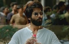 Kabir Singh box office collection Day 4 - Shahid Kapoor and Kiara Advani starrer likely to enter Rs club soon - See Latest Bollywood Photos, Bollywood Actors, Bollywood News, Actor Picture, Actor Photo, Star Gossip, Box Office Collection, Blockbuster Movies, Shahid Kapoor