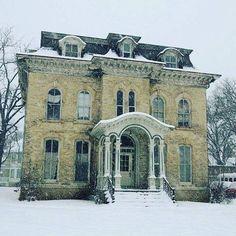 Old Abandoned Beauty