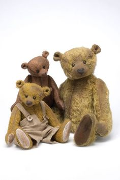 Collector's Bears by Helga Torfs
